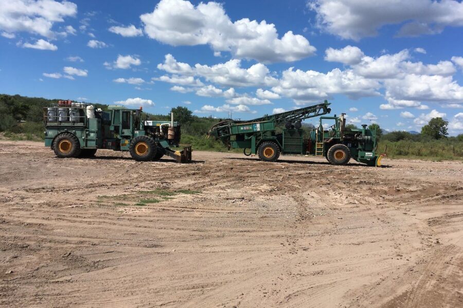 Arrival of Layne drill rig